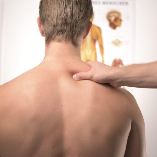 Massagestol-test massage af nakke
